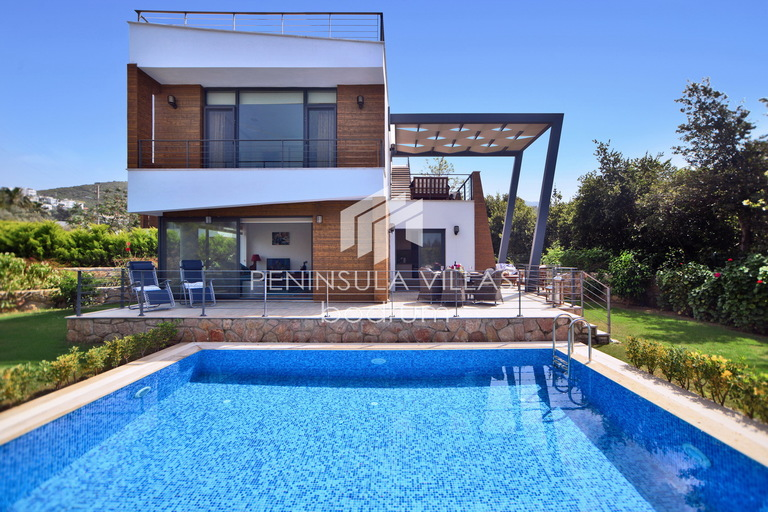 Kismet villa, Yalikavak Bodrum.  Super stylish holiday villa for rent with private pool
